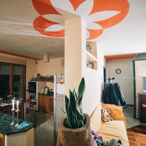 decorazione a soffitto in calce e pigmenti puri