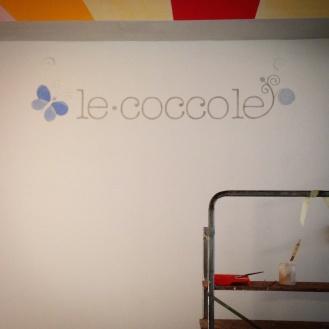 logo dipinto sul muro