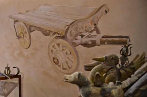 carro delle maledizioni dipinto in argilla